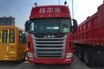 江淮 格尔发A5W重卡 重载型 430马力 6X4牵引车(HFC4251P1K7E33S3HV)