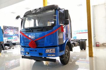 一汽解放 J6L中卡 180马力 4X2 6.8米厢式载货车底盘(CA5160XXYP62K1L4E5)