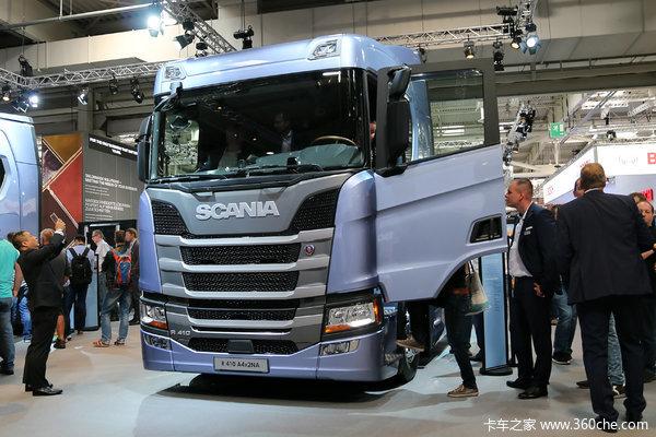 斯堪尼亚 新R系列重卡 410马力 4X2 牵引车(型号R410)