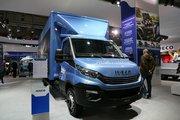依维柯 Daily 180马力 4X2单排厢式载货车