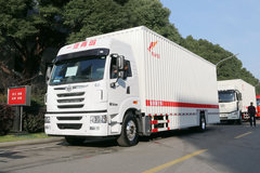 青岛解放 途V重卡 290马力 4X2 9.65米厢式载货车(CA5180XXYP2K2L7E5A80) 卡车图片