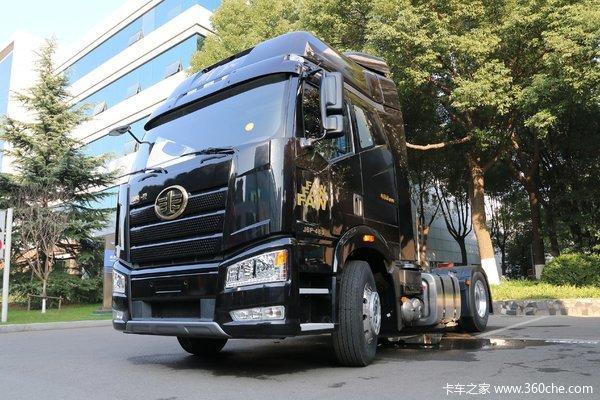 一汽解放 新J6P重卡 460马力 4X2自动挡牵引车(AMT手自一体)