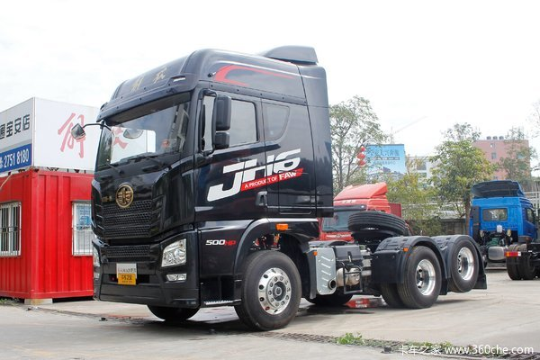 青岛解放 JH6重卡 500马力 6X2R牵引车