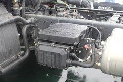 一汽解放 J6L中卡 质惠版 180马力 7.7米厢式载货车底盘(CA5160XXYP62K1L5E5) 卡车图片