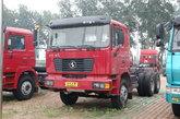 陕汽 德龙F2000重卡 300马力 6X4 5.8米自卸底盘车(SX3255DN3841)