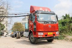 一汽解放 J6L中卡 质惠版 220马力 4X2 9.7米厢式载货车底盘(CA5180XXYP62K1L7E5) 卡车图片