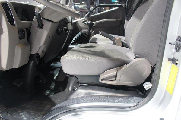 福田 欧马可S1系 131马力 4.14米单排厢式轻卡(BJ1065VDJD6-F2D001)