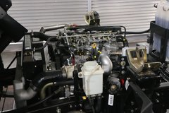 解放 虎VN 109马力 4.21米单排栏板轻卡底盘(国六)(CA1047P40K50L1E5A80) 卡车图片