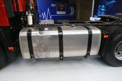 一汽解放 新J6P重卡 领航标载版 南方款 460马力 6X4牵引车(CA4250P66K25T1A1E5)