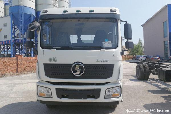 陕汽重卡 德龙L3000 轻量化版 245马力 4X2 6.55米栏板载货车(高顶)