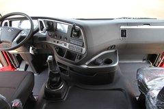 创虎Xcient牵引车驾驶室                                               图片