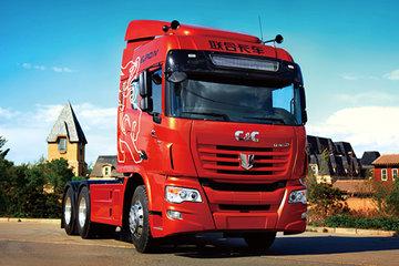联合卡车 U440重卡 440马力 6X4危险品牵引车(QCC4252D654W)