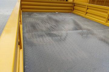 跃进 上骏X100-33 116马力 3.18米双排栏板轻卡(SH1042KFDCNS)图片