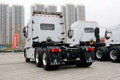 乘龙T7牵引车外观                                                图片
