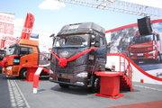 解放 J6P重卡 420马力 6X4牵引车(平地板)