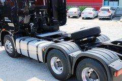 一汽解放 J7重卡 500马力 6X4牵引车(黑色款)(CA4250P77K25T1E5)