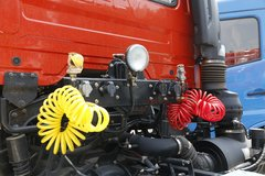 东风商用车 天龙重卡 315马力 4X2牵引车(DFH4180B1)
