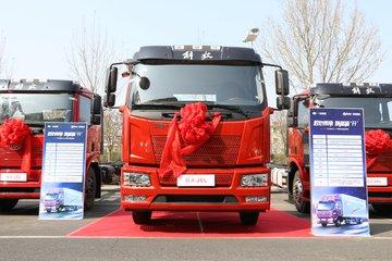 一汽解放 J6L中卡 160马力 4X2 6.2米栏板载货车(CA1180P62K1L4E5)