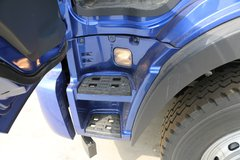 瑞沃Q9载货车驾驶室                                               图片