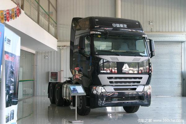 中国重汽 HOWO A7系重卡 340马力 6X4 牵引车(驾驶室A7-P)