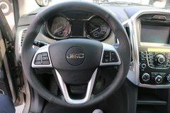域虎皮卡驾驶室                                               图片