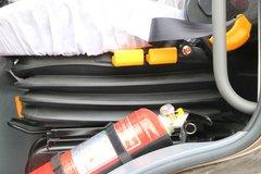 大运N8H牵引车驾驶室                                               图片