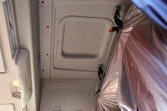 解放J6M载货车驾驶室                                               图片