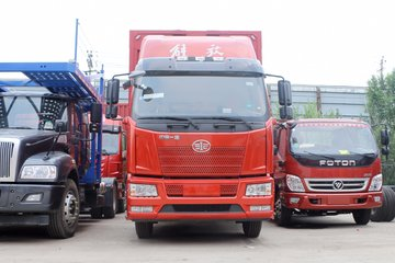 一汽解放 J6L中卡 220马力 4X2 6.75米仓栅式载货车(CA5180CCYP62K1L4A1E5)