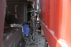 福田 瑞沃ES5 185马力 4X2 6.8米排半厢式载货车(BJ5165XXY-FC) 卡车图片