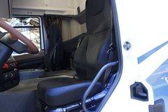 达夫CF牵引车驾驶室                                               图片