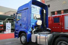 中国重汽 豪运重卡 375马力 6X4 牵引车(ZZ4255N3245C) 卡车图片