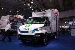 依维柯 新Daily 136马力 4X2冷藏车(40CI4NA8)