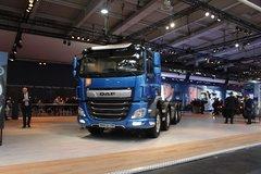 达夫 CF系列重卡 450马力 8X2载货车底盘(CF450FAX) 卡车图片
