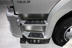 奔驰 Atego中卡 231马力 4X2厢式载货车(型号1223 L nR) 卡车图片