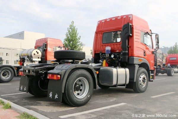 青岛解放 悍V重卡 南方版 375马力 6X4牵引车(CA4256P1K2T1E5A80)