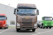 青岛解放 JH6重卡 460马力 6X4牵引车(CA4250P26K15T1E5A80)