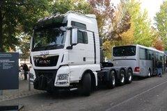 曼(MAN) TGX系列重卡 640马力 8X4大件车(TGX41.640) 卡车图片