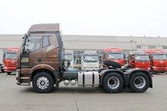 一汽解放 新J6P重卡 领航版 四季款 550马力 6X4牵引车(CA4250P66K25T1A1E5)