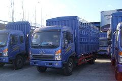 青岛解放 骏威(J5K)中卡 160马力 4X2 6.8米仓栅载货车(CA5167XXYPK2L2EA80-1) 卡车图片