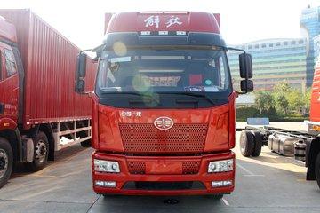 一汽解放 J6L中卡 2019款 280马力 6X2 6.8米仓栅式载货车