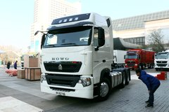 中国重汽 HOWO T7H重卡 500马力 6X4牵引车(国六)(ZZ4257V324HF1B) 卡车图片
