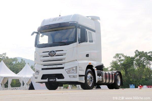 载重40吨重型卡车完成无人安全自动驾驶测试