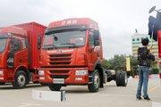 青岛解放 龙VH中卡 先锋版 220马力 4X2 6.75米栏板载货车(CA1189PK2L2E5A80)