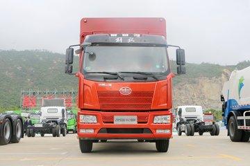 一汽解放 J6L中卡 2019款 180马力 4X2 6.2米仓栅式载货车