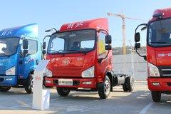 解放 J6F 130马力 4.16米单排厢式轻卡底盘(CA5040XXYP40K56L2E5A84) 卡车图片