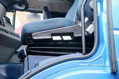 杰狮牵引车驾驶室                                               图片