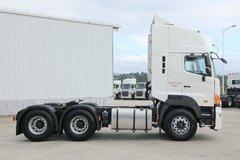 广汽日野 700臻值系 宽卧铺版 420马力 6X4牵引车(YC4251SS2PK5) 卡车图片