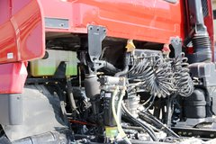 东风商用车 天龙VL重卡 2019款轻赢版 450马力 6X4牵引车(DFH4250A4) 卡车图片