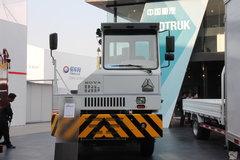 中国重汽 HOVA重卡 266马力 4X2 LNG牵引车(ZZ5371VDMC32100) 卡车图片