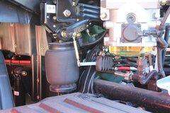 一汽解放 J7重卡 春晚定制版 550马力 6X4牵引车(CA4250P77K25T1E5)